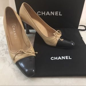 🆕 Chanel CC Iconic Two Tones Pumps